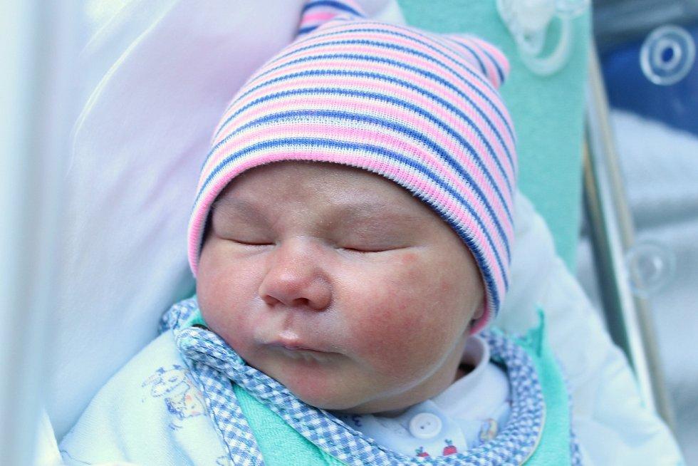 Rodičům Iloně a Františkovi Zabilanským z Dubé se ve středu 9. září ve 14:52 hodin narodil syn Marcus Zabilanský. Měřil 50 cm a vážil 3,53 kg.