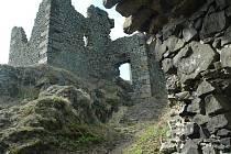 Hrad chátrá už od 16. století.