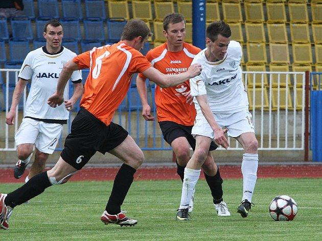 Derby u Ploučnice lépe zvládli fotbalisté Doks.