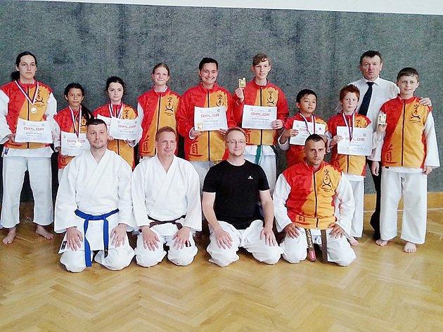 Českolipským závodníkům se podařilo vybojovat 11 zlatých, 7 stříbrných a 5 bronzových medailí.