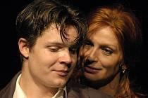 Hlavní představitelé hry Madame Melville – Jan Meduna a Ivana Chýlková.