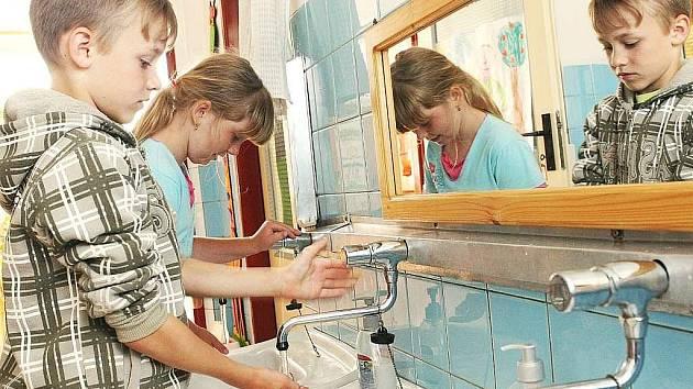 Dodavatel tepla firma Lenoxa si vyšlápla   na mateřinku v Doksech.