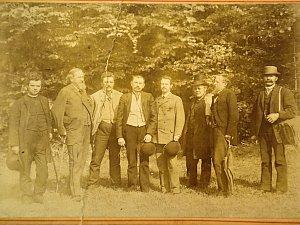 Členové Nordböhmische Excursionsclubu na výletě.