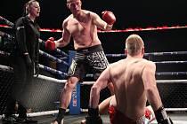 Čtyřicetiletý Radek Procházka se utkal v kategorii K1 (do 86 kg) na 3x 2 minuty s Jakubem Štvánem z Ústí nad Labem.