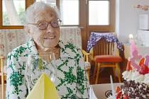 Anna Hejná oslavila 102 let.