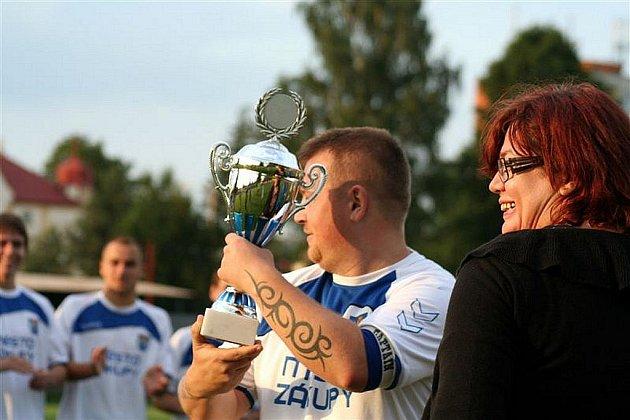 Ve finále letošního okresního fotbalového poháru se střetly Zákupy a Jestřebí.