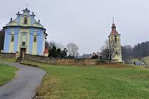 Kostel sv. Petra a Pavla v Horním Prysku.