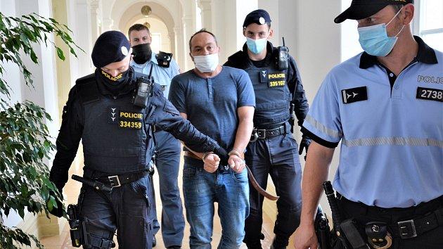 Obviněného z vraždy Václava M. z Volfartic poslal soud do vazby