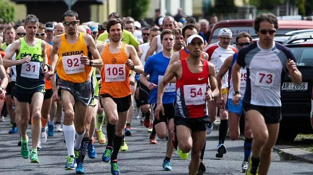 SERIÁL Okresní běžecké ligy pokračuje v pátek na atletické dráze v České Lípě.