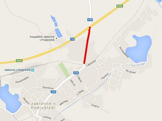 Kompletní opravou projde úsek vJablonném od silnice I/13 kželezničnímu přejezdu.