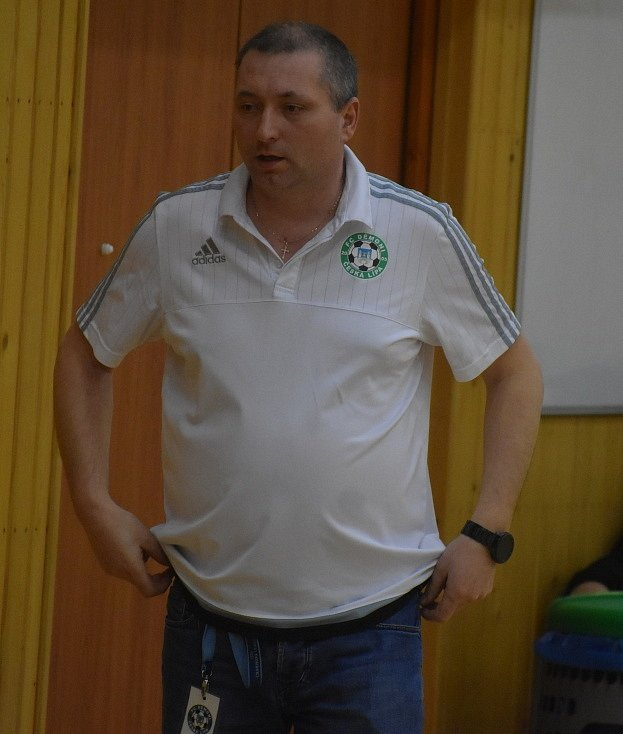 Karel Kruliš, trenér českolipských futsalistů, si v uplynulé sezoně moc radosti neužil.