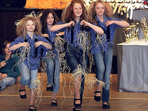 Country tance ovládnou českolipský kulturní dům Crystal.