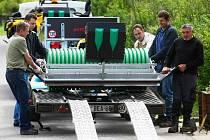 Kromě lyžařské boudy na Jedličné už obce z Novoborska v rámci projektu pořídily také skútry na údržbu běžkařských tras, čtyřkolku s vlekem a motorové pily s křovinořezy.