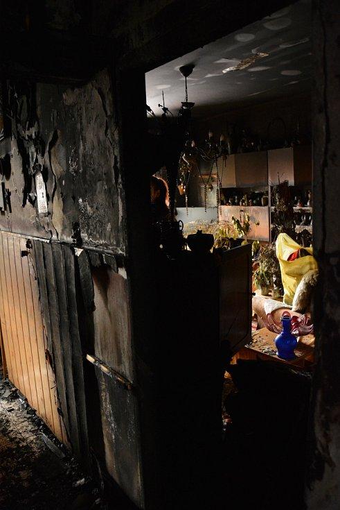 Vyhořelý byt na českolipském sídlišti Slovanka