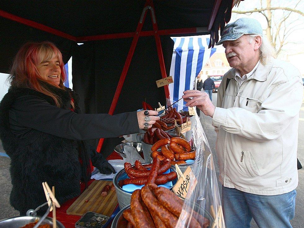 První letošní farmářské trhy na Škroupově náměstí v České Lípě začnou ve čtvrtek 20. března.