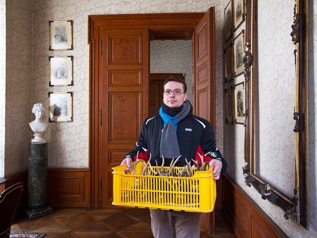 Nejpodstatnější změnu v prohlídkových trasách chystá mezi památkami Libereckého kraje v letošním roce zámek Zákupy. Přípravy novinek jsou stále v plném proudu.