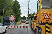 Úplná uzavírka mostu přes Robečský potok na silnici III/26832 mezi Jestřebím a Provodínem