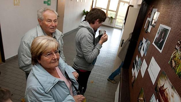 Na Střední odborné škole Lužická v České Lípě proběhla vernisáž studentských prací v rámci projektu Dny lipových květů.