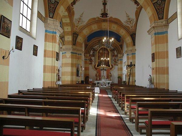 Stráž pod Ralskem: kostel sv. Zikmunda.