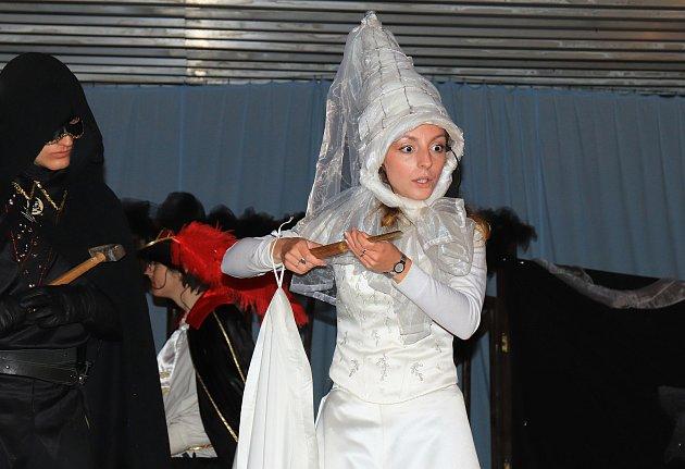 Strašidla na zámku vHorní Libchavě.