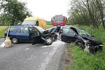 Nehoda u Jablonného si vyžádala tři zraněné.