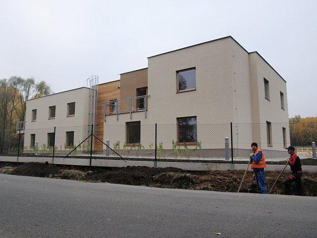Dva domky vyrostly v Novém Boru, další dva objekty pak ve Cvikově.