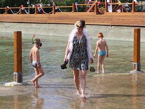 Venkovní bazén v Prysku