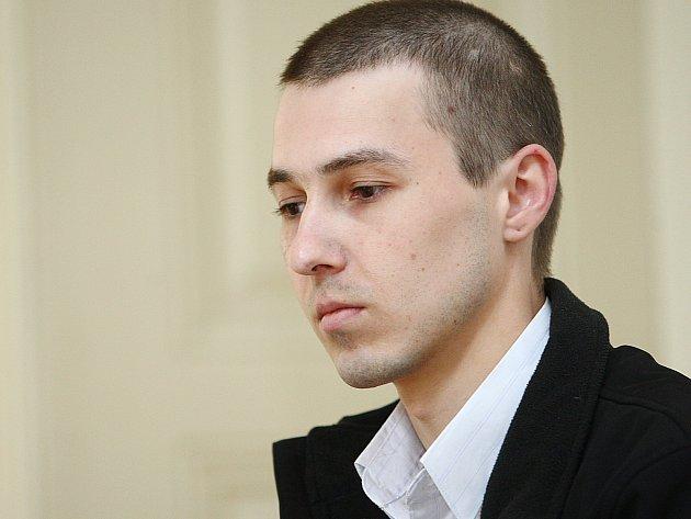 ANDREJ BUCHALO v červnu 2012, když ještě k přelíčení u Okresního soudu v České Lípě docházel.