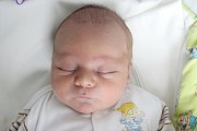 Rodičům Lence a Jaroslavovi Hrobárovým ze Šluknova se v pátek 12. července ve 20:23 hodin narodil syn Tomáš Hrobár. Měřil 47 cm a vážil 3,27 kg.