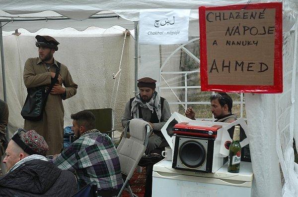 Po celý víkend probíhá na území bývalého vojenského újezdu Ralsko airsoftová hra a velmi věrná armádní simulace Protector 2014.