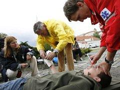 O prázdninách ošetří zdravotníci mnohem více zraněných než jindy.