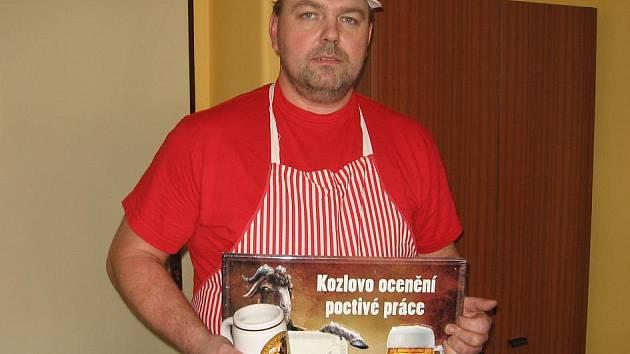 Řeznický mistr Kamil Alfery.