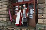 Na zámku v Horní Libchavě zahájili letošní sezónu pohádkou a prohlídkou s princeznou.