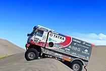 Na start závodu v Argentině se letos postavilo 472 vozidel.