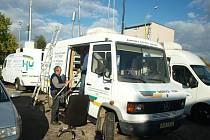 Po skončení měření v jednotlivých lokalitách České Lípy se měřící vozidla sjela do areálu teplárny, kde pokračovala v dalším, tentokrát hromadném, dvanáctihodinovém měření.