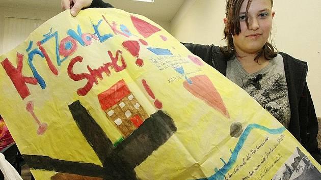 Pod vedením dnes už bývalé vychovatelky Ireny Rozšafné vypracovaly děti plakáty s nejnebezpečnějšími místy, které posloužily jako podklady pro vypracování profesionálního projektu úprav.