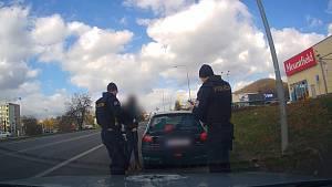 Ženy s covidem jezdily po Českolipsku. Policie je stíhá z šíření nemoci