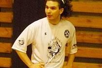 David Rameš byl jedním z nejlepších hráčů na hřišti. Dvěma góly přispěl k remíze českolipských Démonů s Nerroxem Liberec 5:5.