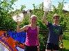 Vítězové hlavního závodu na 10 km s cennými poháry: Laura Matulová (Radeč) a Petr Cmunt (Nový Bor).