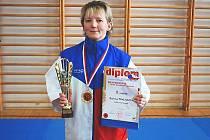 Ošetřovatelka Božena Pavlasová je čerstvou mistryní republiky v karate a má doma medaili i ze světového šampionátu.
