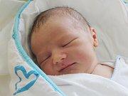 Rodičům Natálii a Michalovi Pikousovým ze Zákup se ve středu 4. října v 9:50 hodin narodil syn Jakub Pikous. Měřil 51 cm a vážil 3,69 kg.