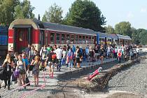 Příjezdy a odjezdy vlaků na českolipském nádraží jsou v těchto dnech lehce zmatečné, naštěstí pomůže ochotný personál.