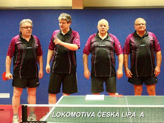 A-mužstvo Lokomotivy Česká Lípa (zleva Flanderka, Milata, Bříza, Just).