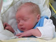 Rodičům Martině a Janovi Koleňákovým z Mimoně se ve středu 28. prosince ve 2:15 hodin narodil syn Dominik Koleňák. Měřil 50 cm a vážil 3,24 kg.