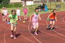 12. ročník Novoborské olympiády dětí a mládeže začalo v ZŠ U Lesa. Do sportovního klání se letos zapojí tři školy ve městě.