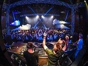 O víkendu hostí Česká Lípa už popáté velkou akci taneční hudby s názvem Unique hall festival.