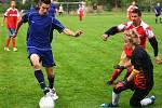 Ve fotbalovém turnaji se střetly týmy Romů a mančaft českolipských státních policistů.