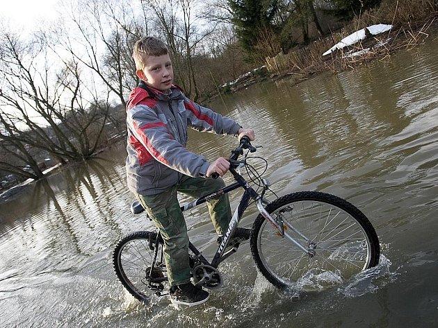 Obce v povodí Ploučnice mohou před následky povodní ochránit na čtyři desítky opatření za stovky milionů korun.