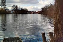Šibeničák a Čepelský rybník.