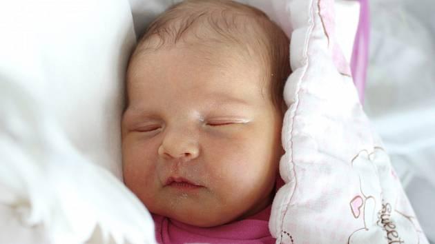 Rodičům Tereze a Zdeňkovi Macháčkovým z Doks se v sobotu 29. srpna v 5:56 hodin narodila dcera Zuzana Macháčková. Měřila 50 cm a vážila 3,67 kg.